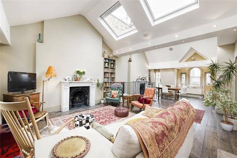 3 bedroom penthouse to rent - Nottingham Place, London, W1U