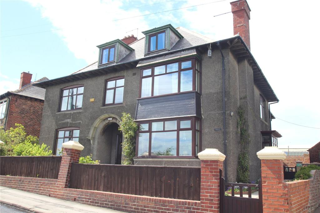 7 Bedrooms Detached House for sale in Beach Road, Carlin How