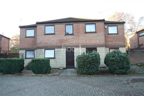 2 bedroom flat to rent - Anderby Close