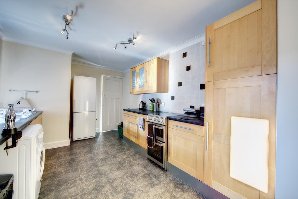 3 Bedrooms Apartment Flat for sale in Valley View, Jesmond, NE2