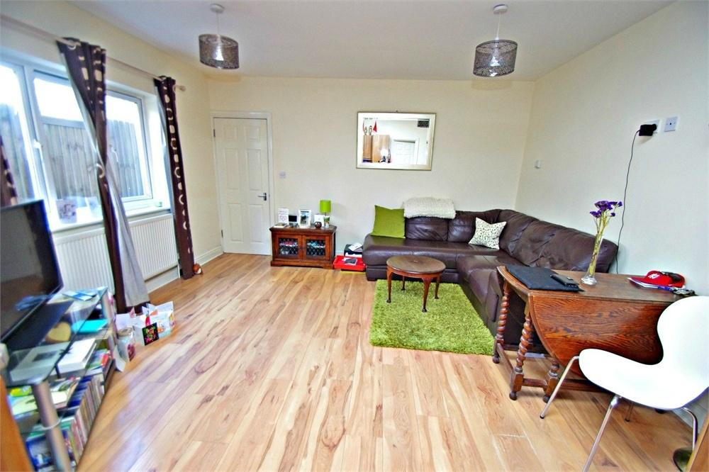 1 Bedroom Flat for sale in Wellington Road, WATFORD, Hertfordshire
