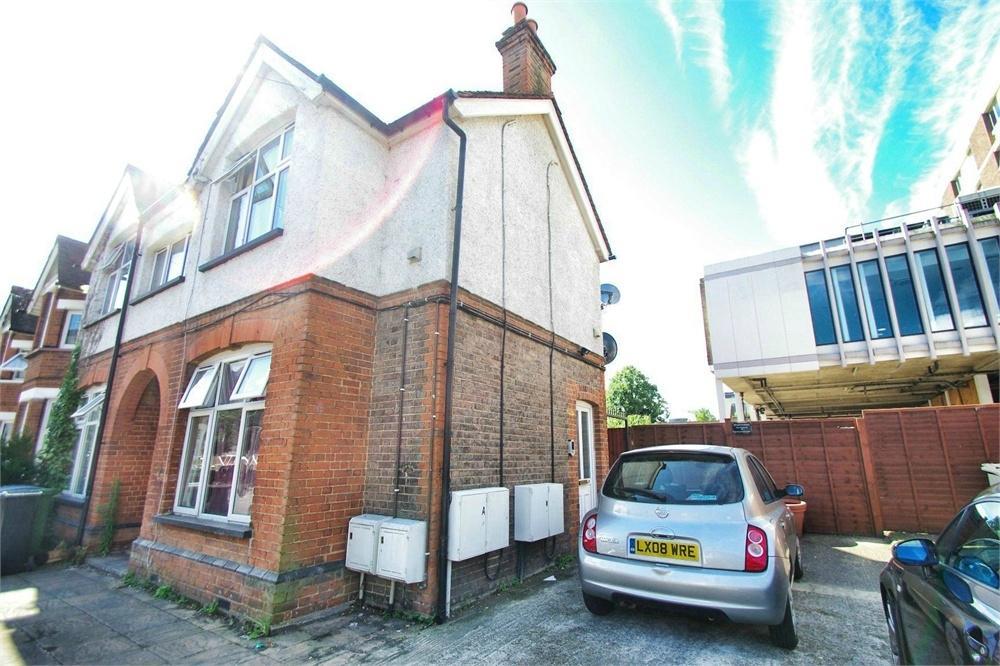 1 Bedroom Flat for sale in Wellington Road, WATFORD, Hertfordshire