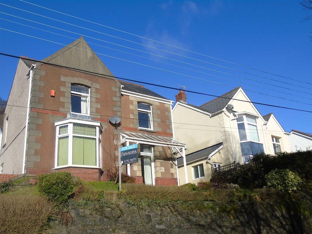 3 Bedrooms Detached House for sale in Swansea Road, Pontardawe, Swansea