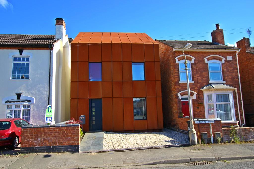 3 Bedrooms Detached House for sale in McIntyre Road, ST JOHNS