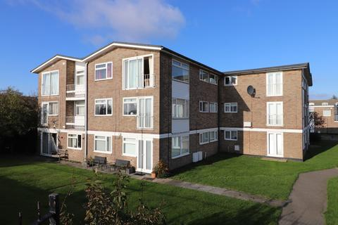 2 bedroom apartment for sale - Belvedere Court, Burnham-on-Crouch