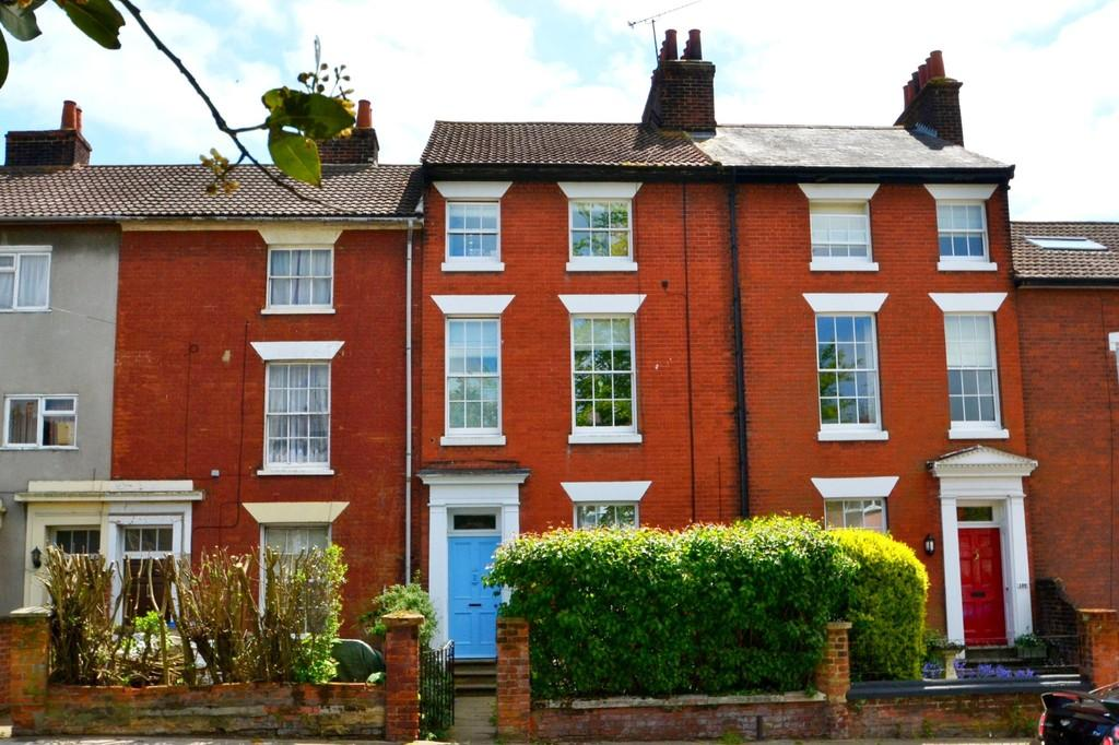 4 Bedrooms Town House for sale in Woodbridge Road, Ipswich, Suffolk