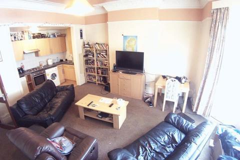 2 bedroom flat to rent - Cardigan Road, Leeds