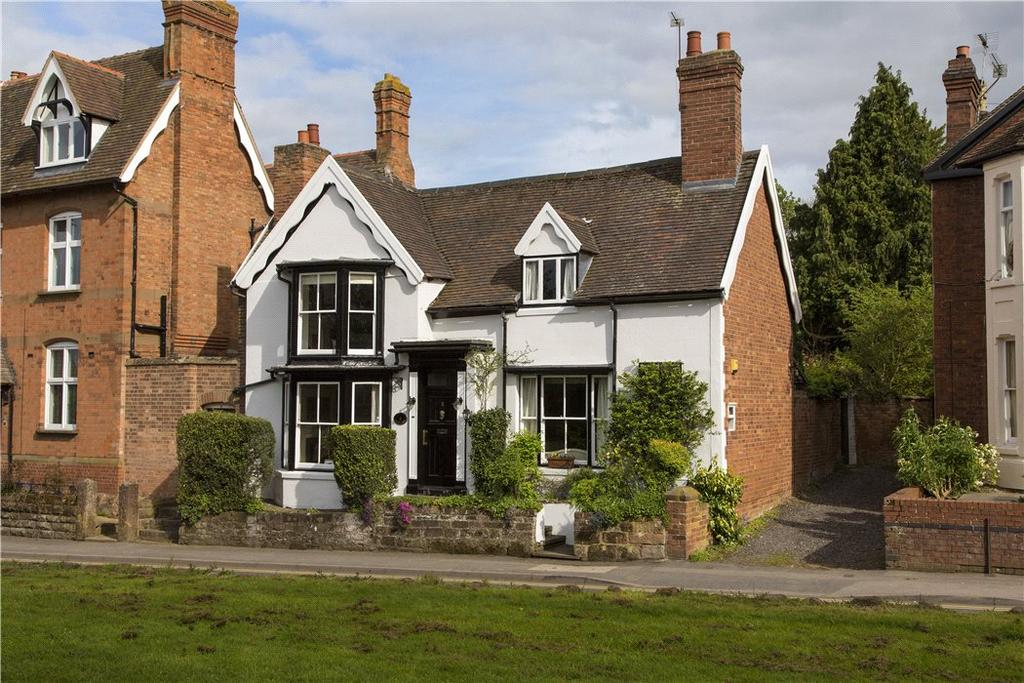 3 Bedrooms Detached House for sale in Abbey Hill, Kenilworth, Warwickshire, CV8