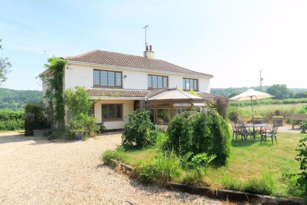 4 Bedrooms Detached House for sale in Stoke St Mary, Taunton TA3