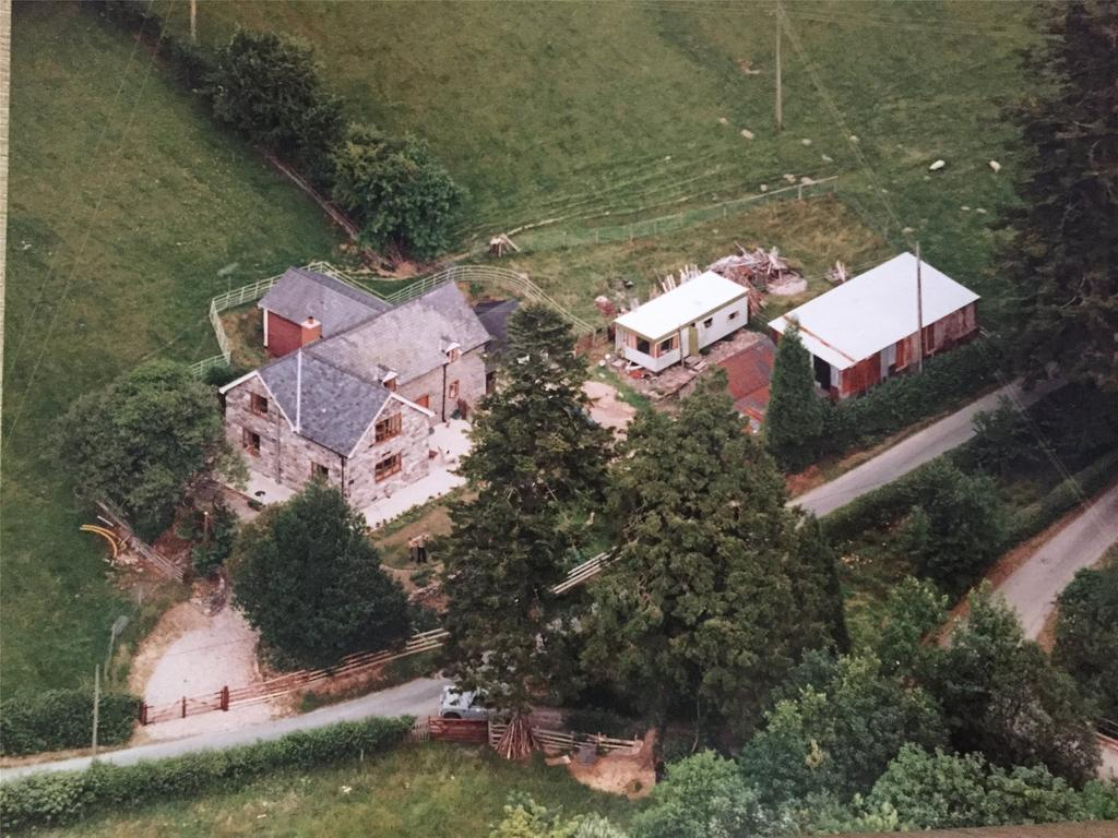 4 Bedrooms Equestrian Facility Character Property for sale in Cownwy, Llanwddyn, Oswestry, Powys