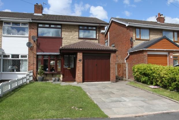 3 Bedrooms Semi Detached House for sale in TENBURY DRIVE WIGAN ASHTON IN MAKERFIELD