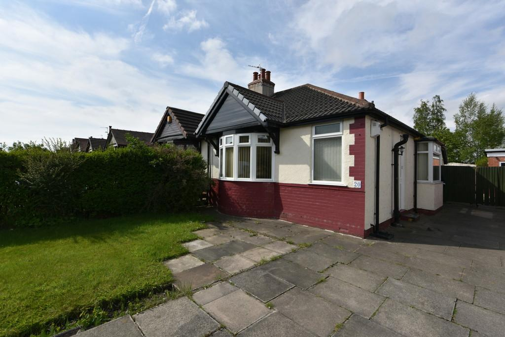 2 Bedrooms Semi Detached Bungalow for sale in Mill Dam Lane, Burscough