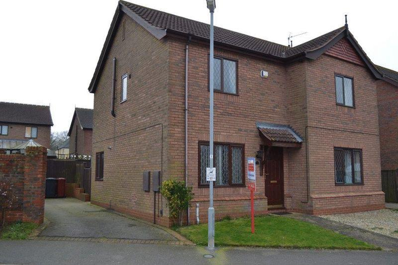 2 Bedrooms Semi Detached House for rent in Woodland View, Barnetby