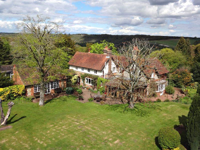 5 Bedrooms Farm House Character Property for sale in Ibstone, High Wycombe, Buckinghamshire, HP14