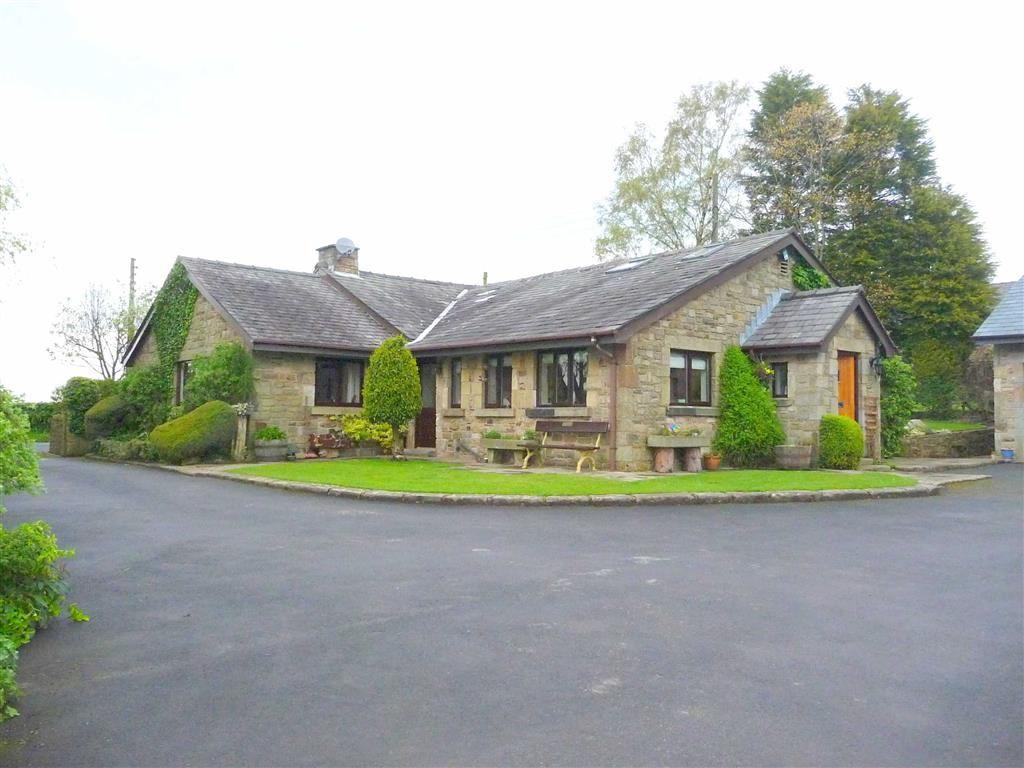 4 Bedrooms Detached Bungalow for sale in Sandy Lane, Brindle, Lancashire, PR6