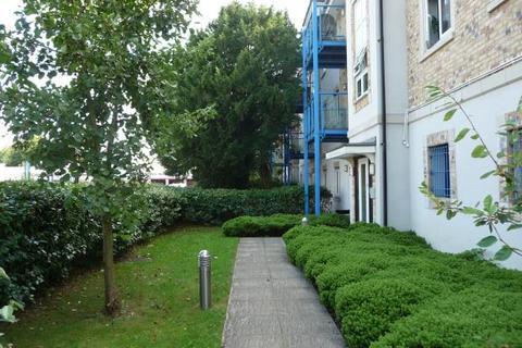 2 bedroom flat to rent - HULSE ROAD - CENTRAL - UNFURN