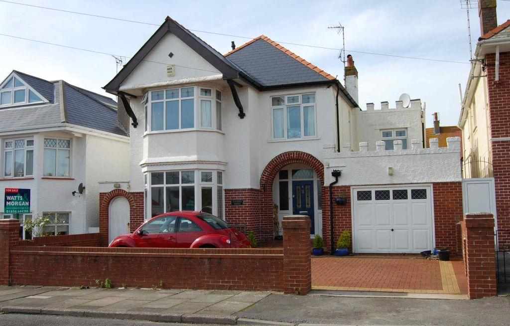 4 Bedrooms Detached House for sale in Windsor House, 4 Windsor Road, Porthcawl, Bridgend County Borough, CF36 3LR.