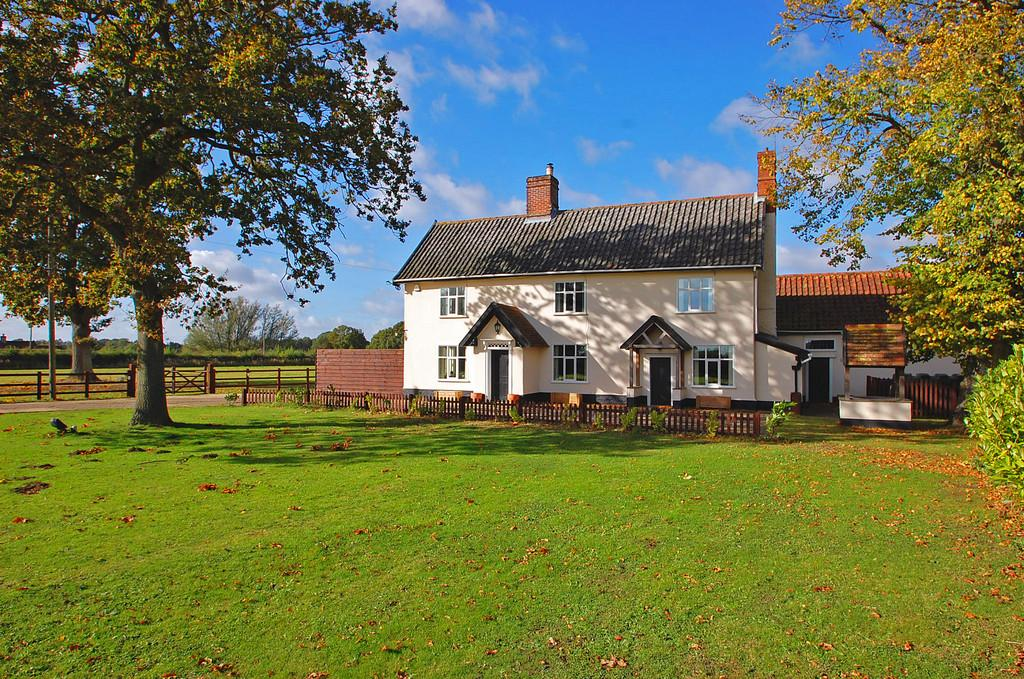6 Bedrooms Farm House Character Property for sale in Tivetshall St Mary, Norfolk