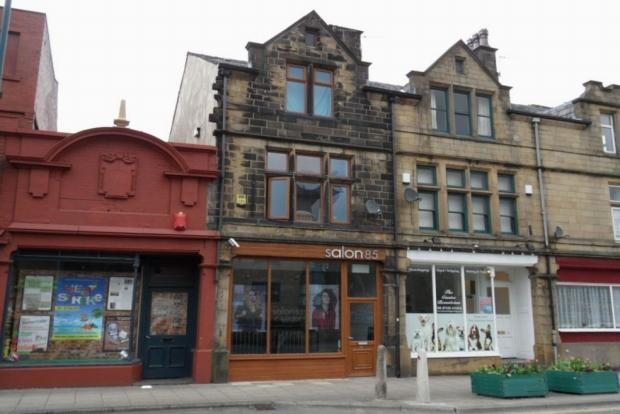 2 Bedrooms Terraced House for sale in HALIFAX ROAD TODMORDEN