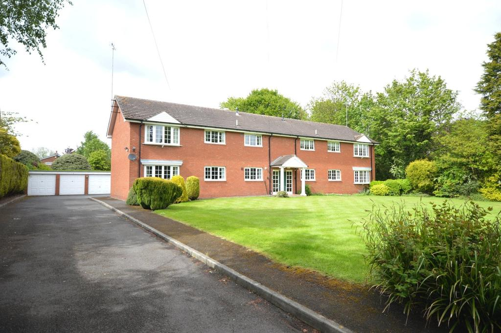 3 Bedrooms Apartment Flat for sale in Delphfields Road, Appleton, Warrington
