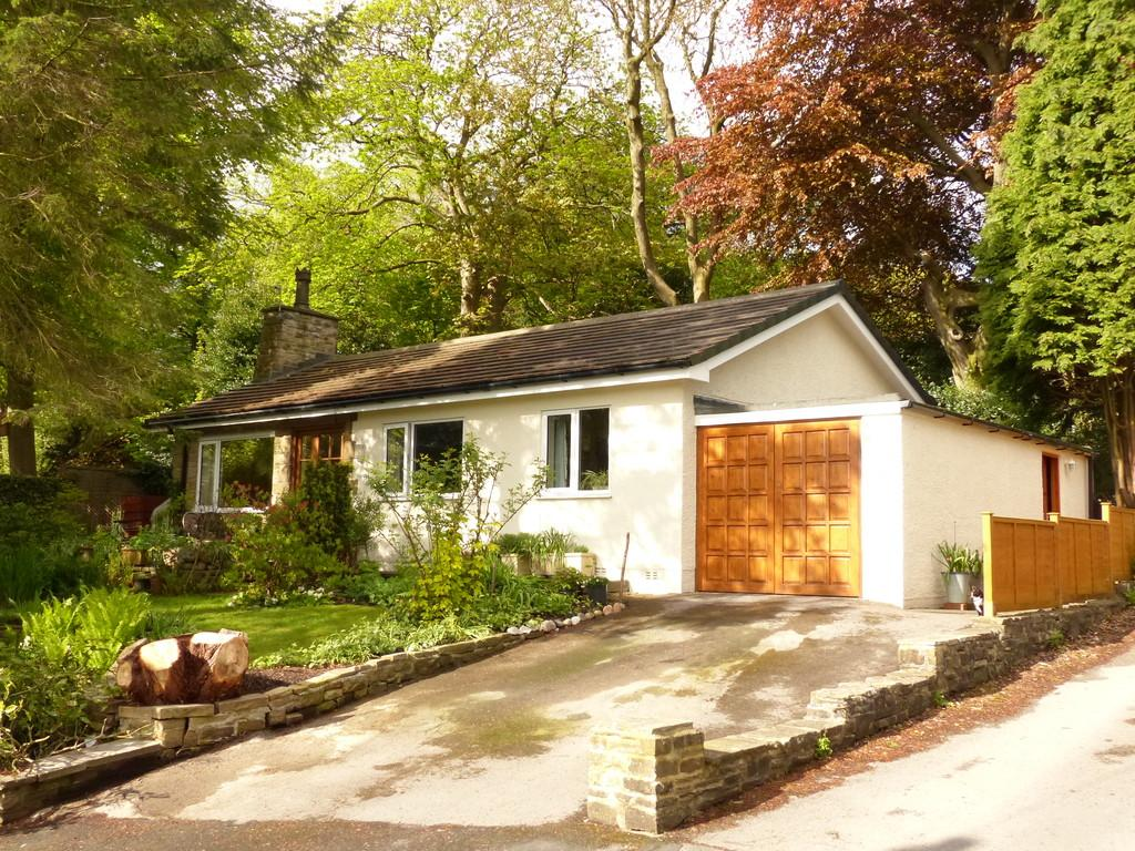 2 Bedrooms Detached Bungalow for sale in Beech Hill Road, Carleton