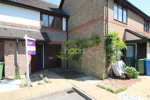 2 bedroom flat to rent - All Saints Rise, Warfield