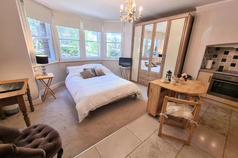 1 bedroom apartment to rent - Banbury Road, Central North Oxford