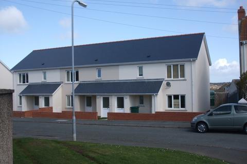1 bedroom apartment to rent - 75 Glebelands, Johnston, Haverfordwest. SA62 3PW