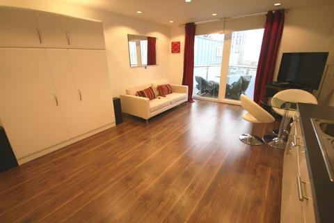 1 bedroom flat to rent - NumberOne, Media City UK, Salford, Greater Manchester, M50