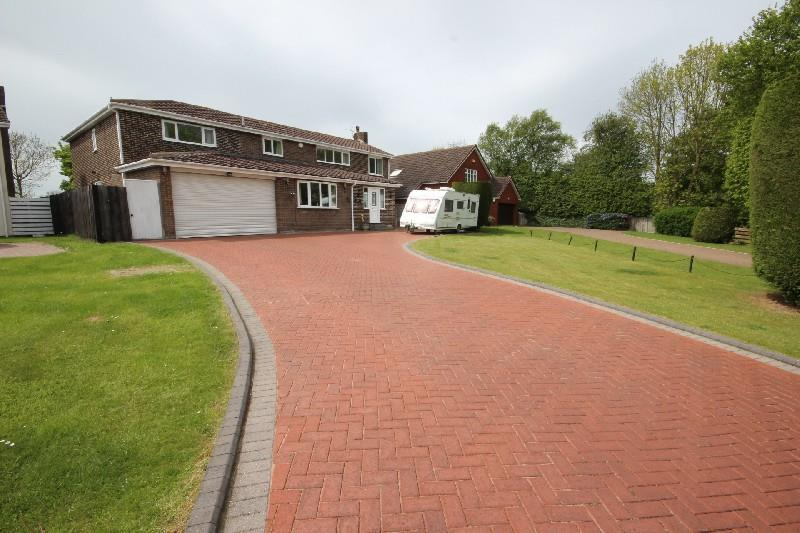 6 Bedrooms Detached House for sale in Auckland Way, Hartlepool