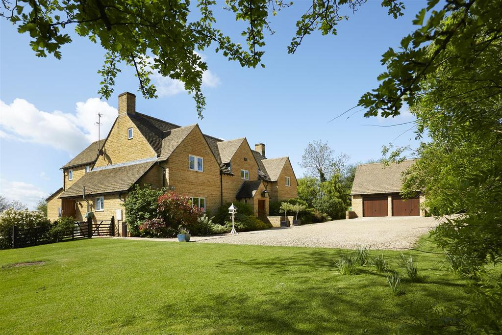 6 Bedrooms Country House Character Property for sale in Syreford, Near Cheltenham
