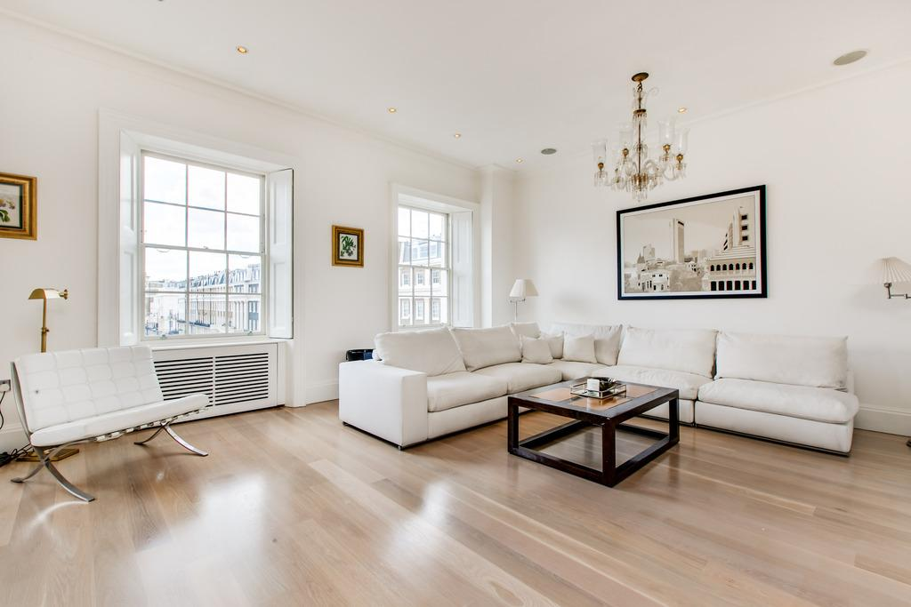 2 Bedrooms Flat for sale in Upper Belgrave Street, Belgravia