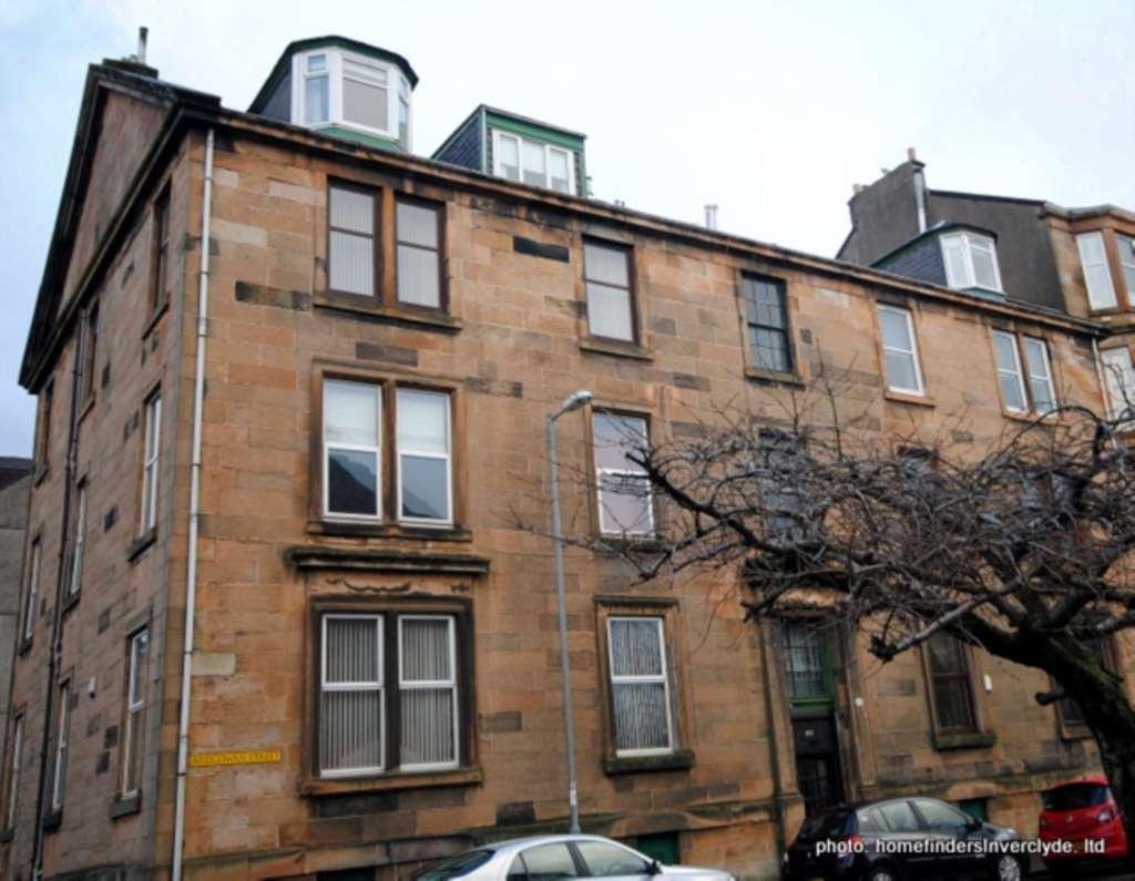 3 Bedrooms Flat for sale in Ardgowan St, Greenock