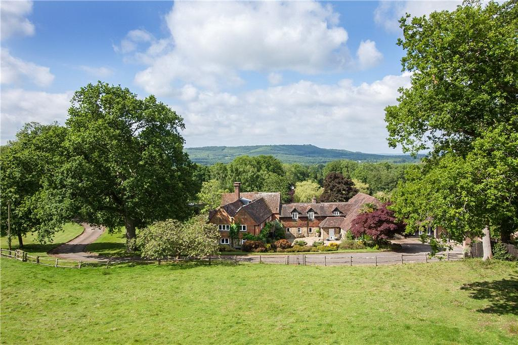 6 Bedrooms Detached House for sale in Fridays Hill, Fernhurst, Haslemere, Surrey, GU27