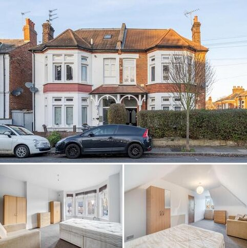 4 bedroom flat to rent - Hereford Road, Acton, W3