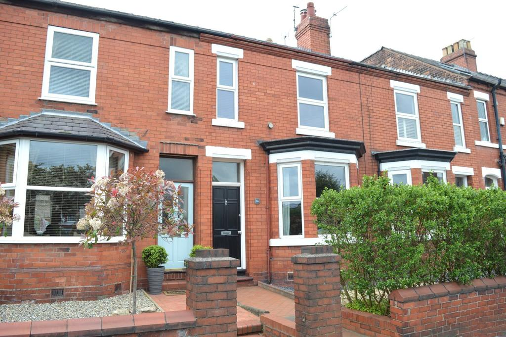 3 Bedrooms Terraced House for sale in Knutsford Road, Grappenhall, Warrington