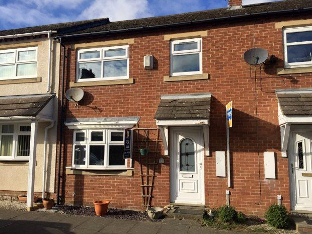 2 Bedrooms Town House for sale in HAMILTON ROW, WATER HOUSES, DURHAM CITY : VILLAGES WEST OF