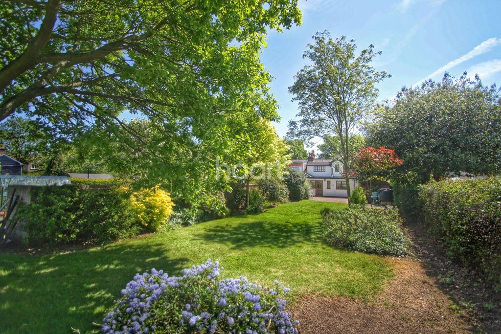 3 Bedrooms Cottage House for sale in Long Road West, Dedham, Colchester, Essex