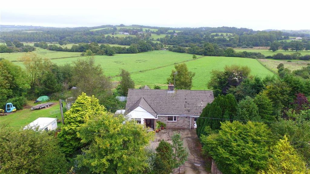 3 Bedrooms Bungalow for sale in Bridge Reeve, Chulmleigh, Devon, EX18
