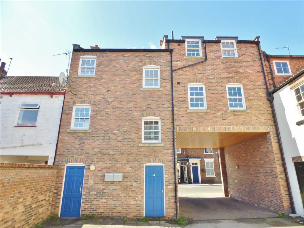 2 Bedrooms Flat for sale in Watts Yard, Beverley