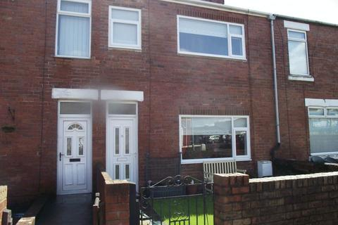 3 bedroom terraced house to rent - Woodhorn Road, Ashington - Three Bedroom Terraced House