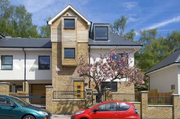 5 Bedrooms Semi Detached House for sale in Cranley Gardens, Muswell Hill, London, N10