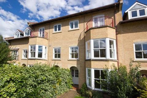 4 bedroom terraced house to rent - Brookside, Cambridge