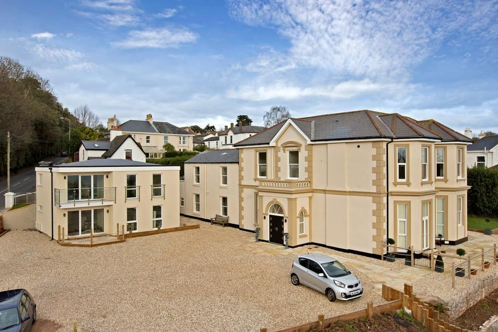 2 Bedrooms Apartment Flat for sale in Dawlish Road, Teignmouth