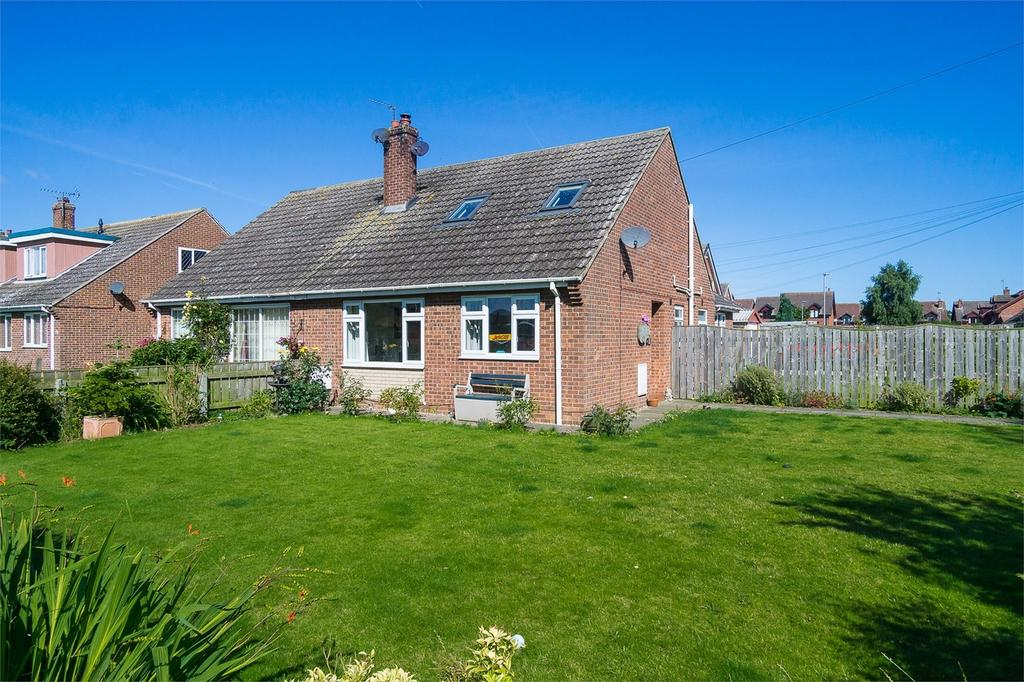 3 Bedrooms Semi Detached Bungalow for sale in Pilmar Lane, Roos, East Riding of Yorkshire