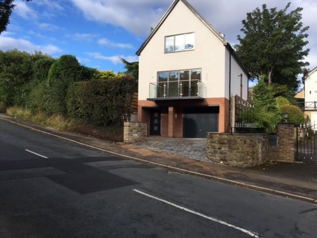 3 Bedrooms Detached House for sale in Menston Old Lane, Burley in Wharfedale