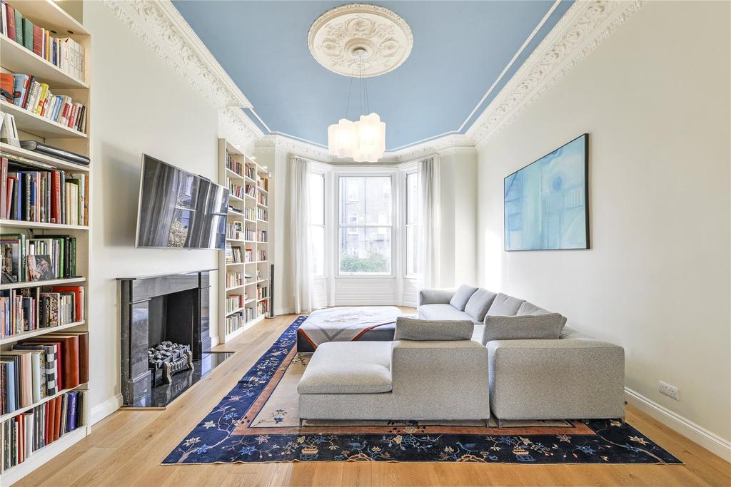 3 Bedrooms Flat for sale in Holland Park Gardens, Holland Park, London