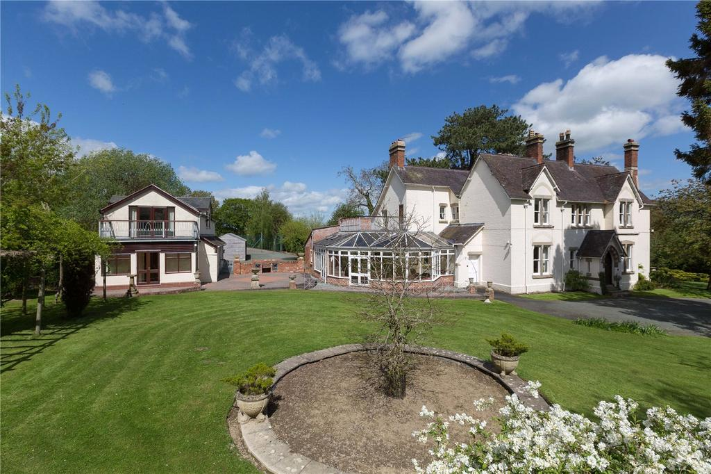 6 Bedrooms Unique Property for sale in Pool Quay, Welshpool, Powys, SY21