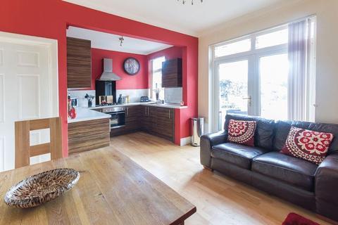 3 bedroom semi-detached house to rent - HOLT AVENUE, ALVASTON