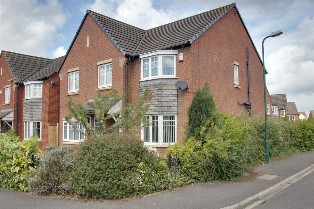 4 Bedrooms Detached House for sale in Herne Close, Redcar